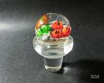 Flaschenverschluß aus Glas mit einem Kunststoffring zum besseren verschließen, oben eine Unterwasserwelt